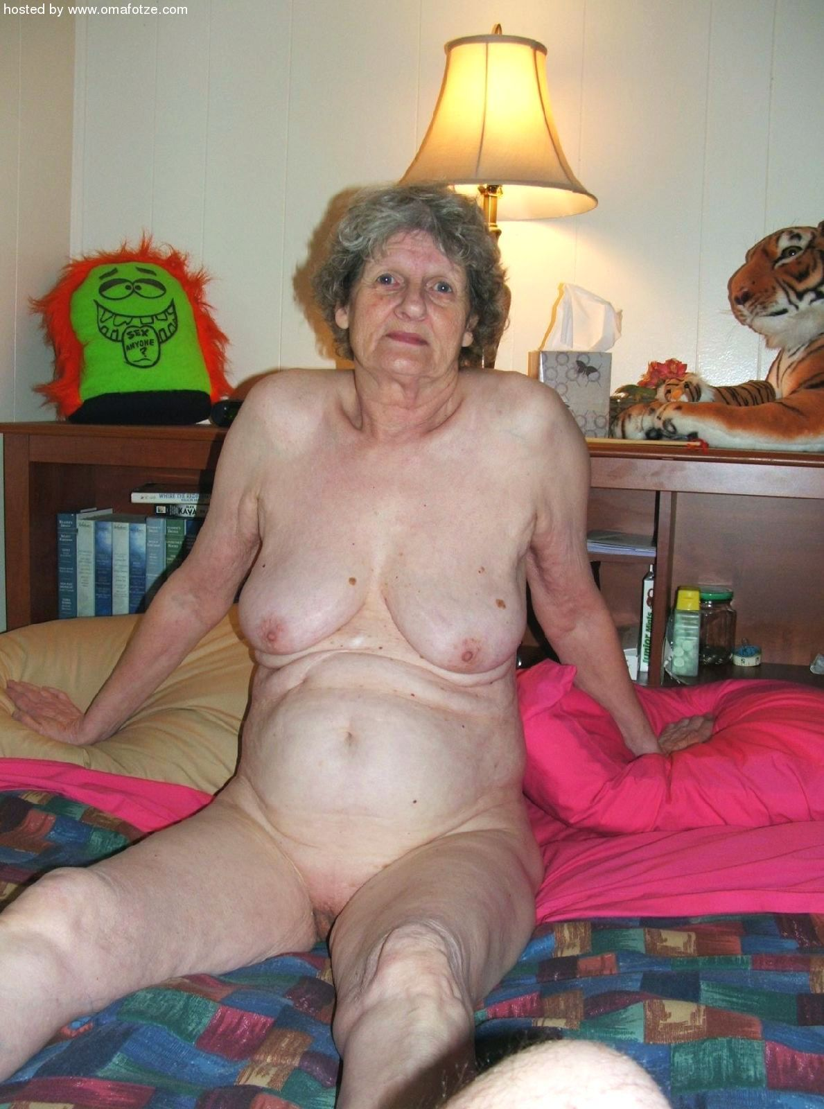 Mature nude danish grannies