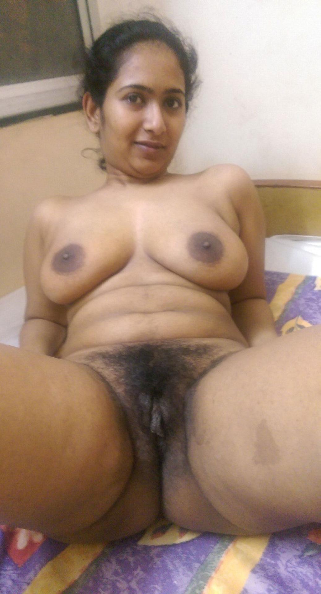 Desi bhabhi nude photos