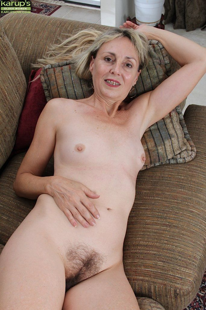 Naked mature women hairy pussies milf