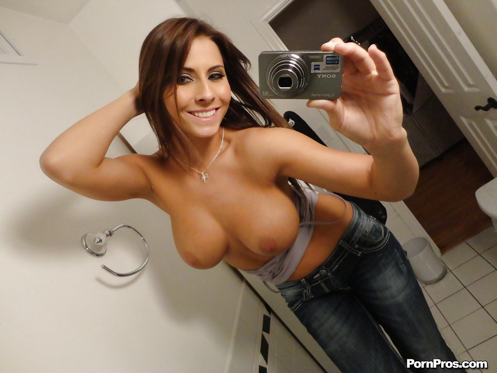 Madison lvy nude and selfie pictures