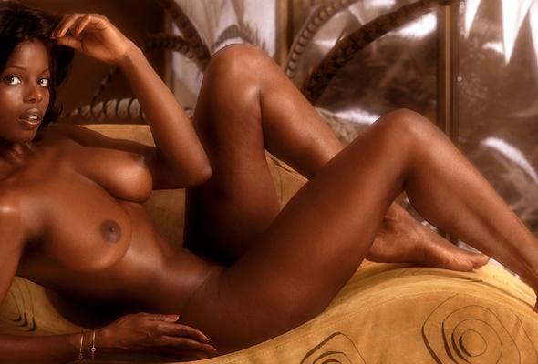 Hot brunette nude vintage