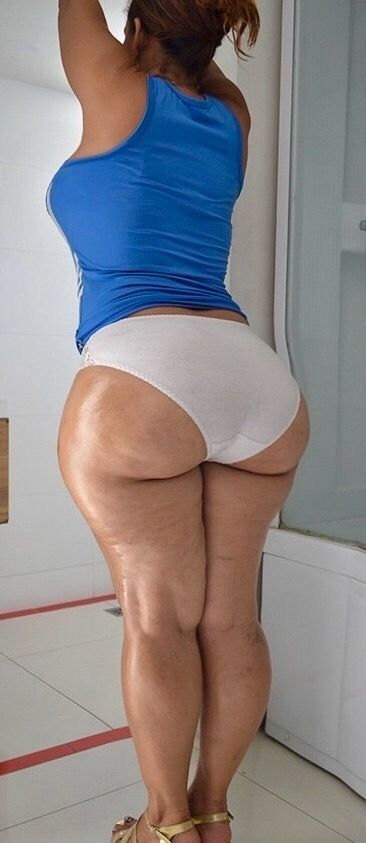 Phat white booty wife