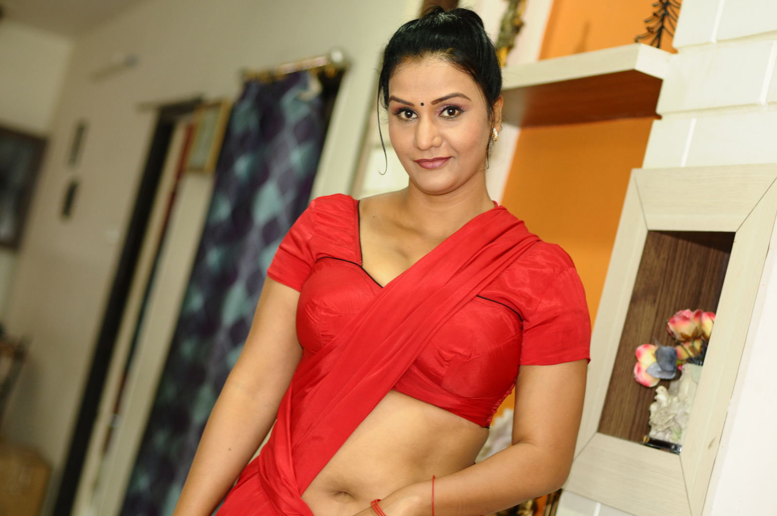 Telugu celebraty hot boobs photos download