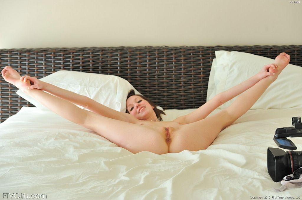Skinny girl pussy spread