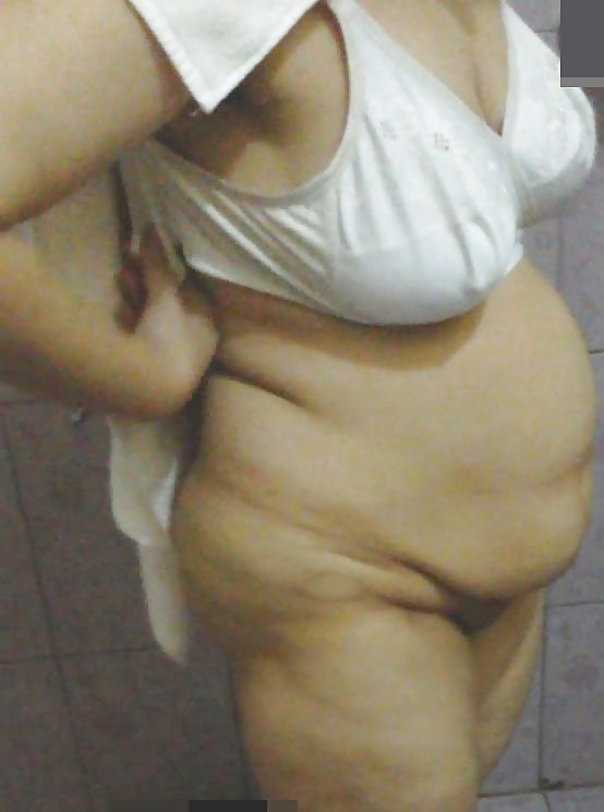 Indian bbw aunty nude pic