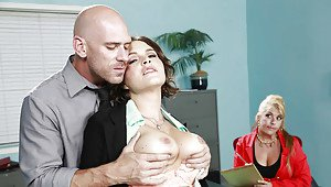 Naked girls kissing boys lips