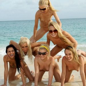 Naked girls pyramid nude