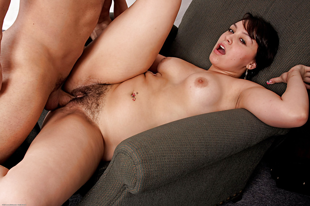 Fat latin hairy snatch
