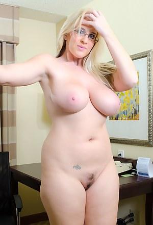Big boobs of moms pics