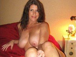 Big natural tit wife