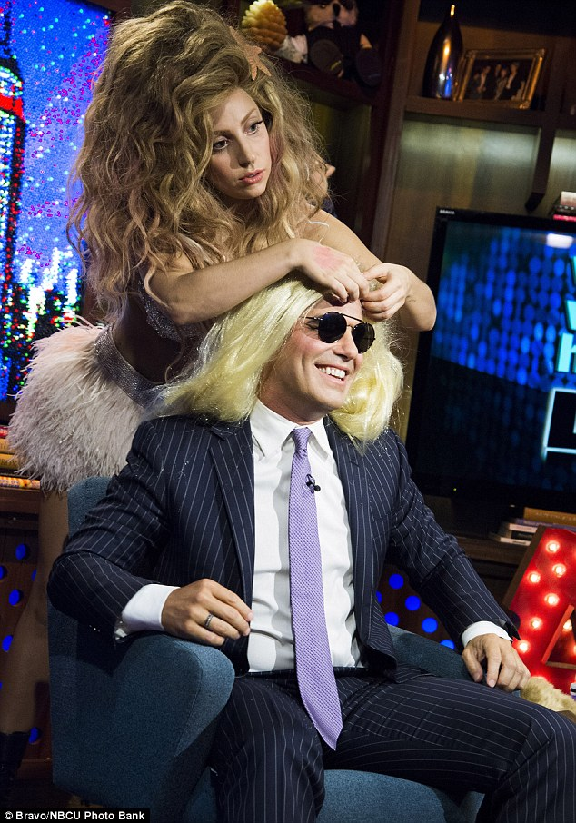 Lady gaga lesbian pictures