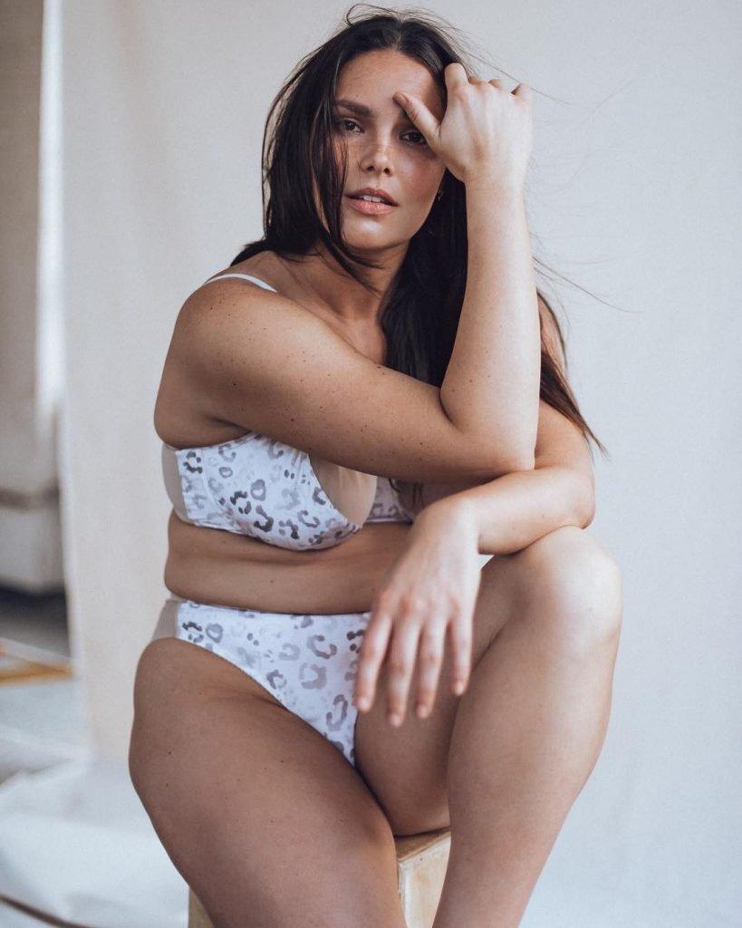 Candice huffine plus size model nude