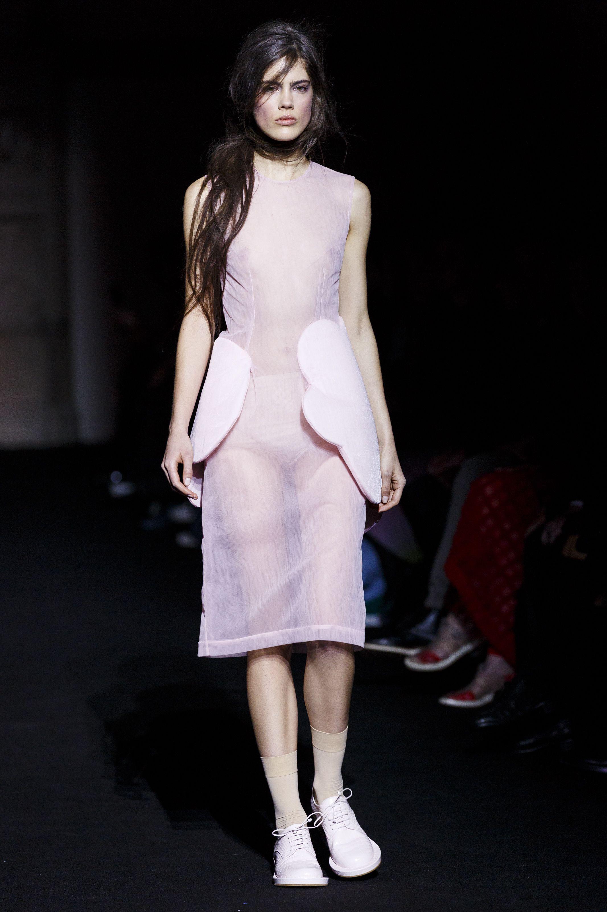 Fashion runway models nude
