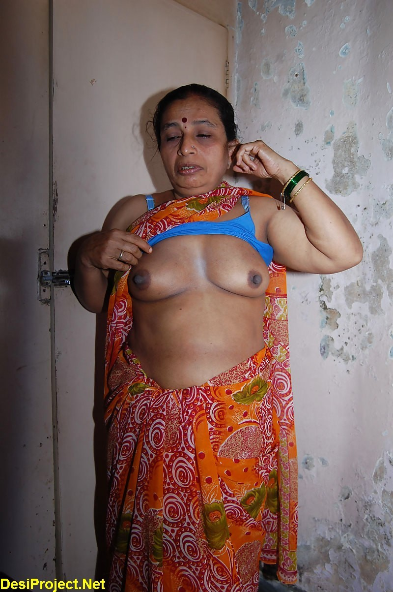 Moti aunty sex photo