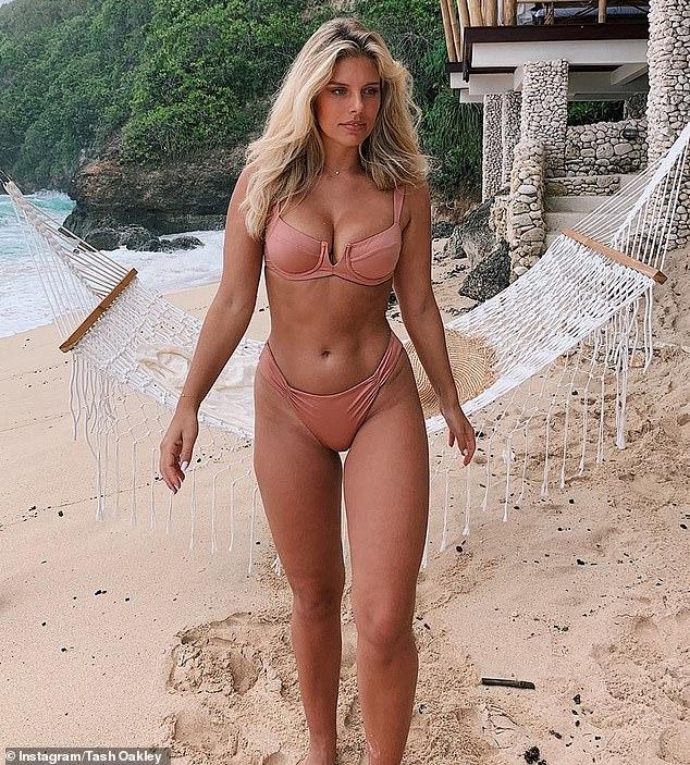 Amazing beach body nude
