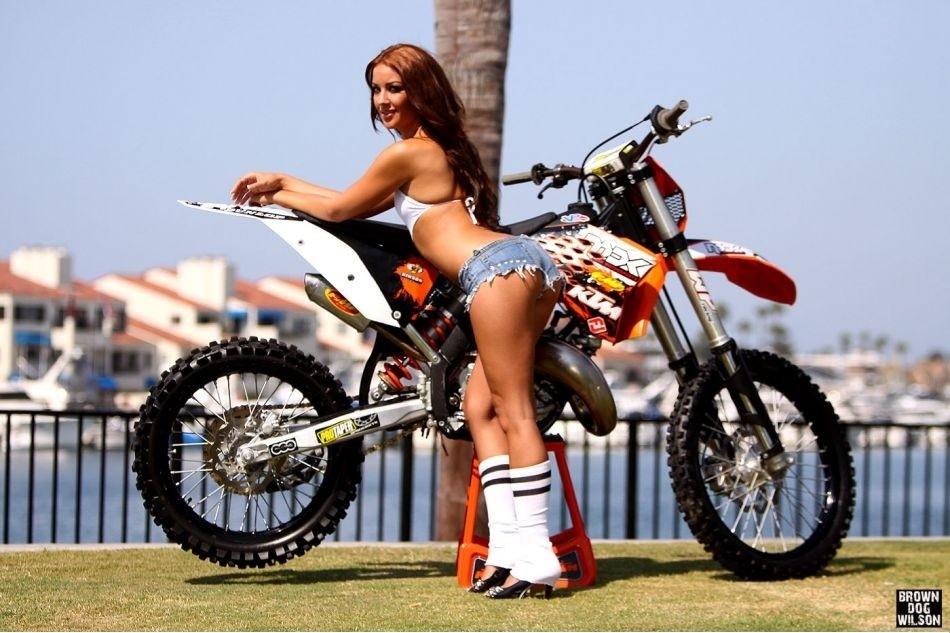 Dirt bike girl ass porn
