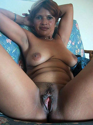 Amateur mature naked indian wife