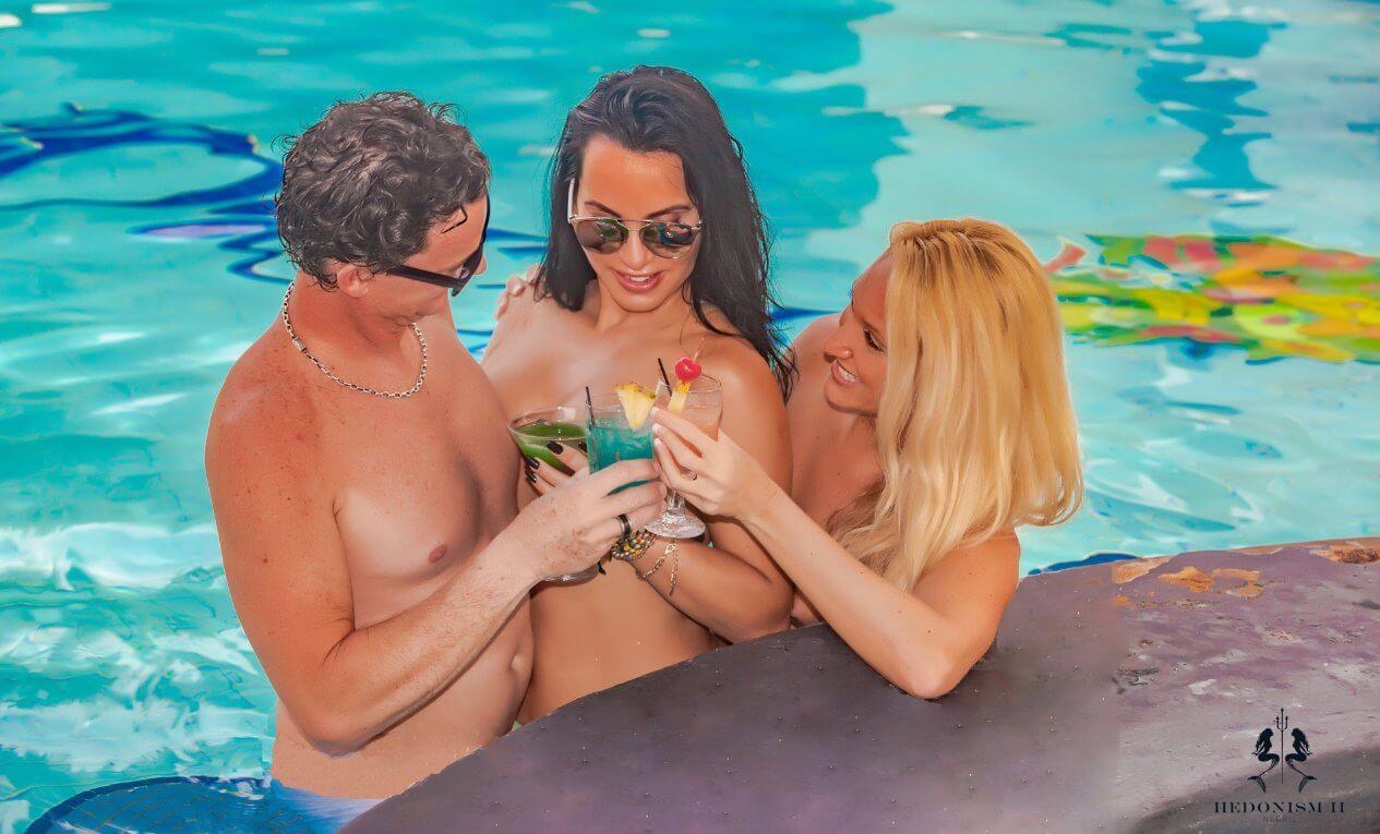 Nude at hedonism iii