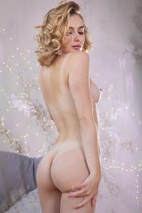 Nude girl in studio femjoy alice