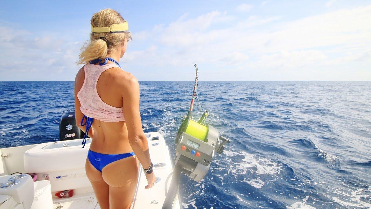 Bikini fishing the game
