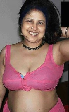 Desi mature aunties in bra