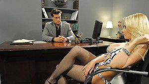 Beatrix student nurse strip desktop