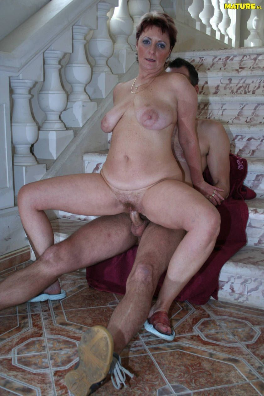 Slutty mature women sex mom fuck