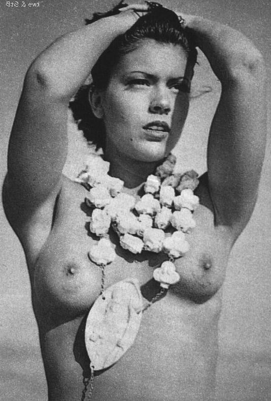 Alyssa milano nude magazine