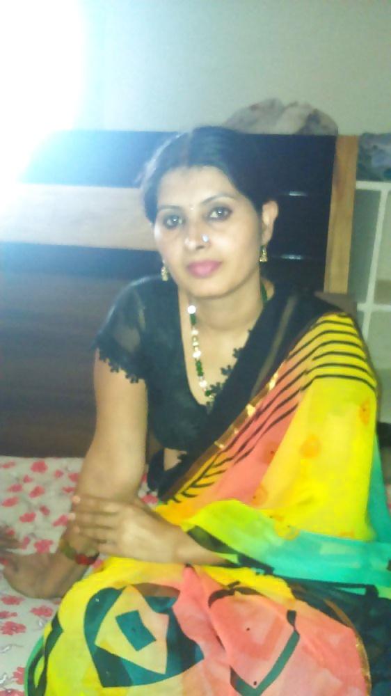 Xxx aunty pic indian