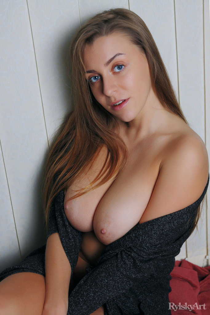 Hot nude girls with beautiful tits