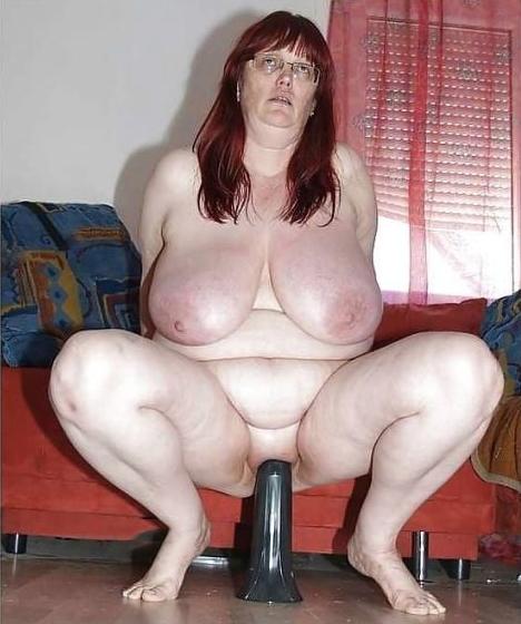 Mature chubby slut wife