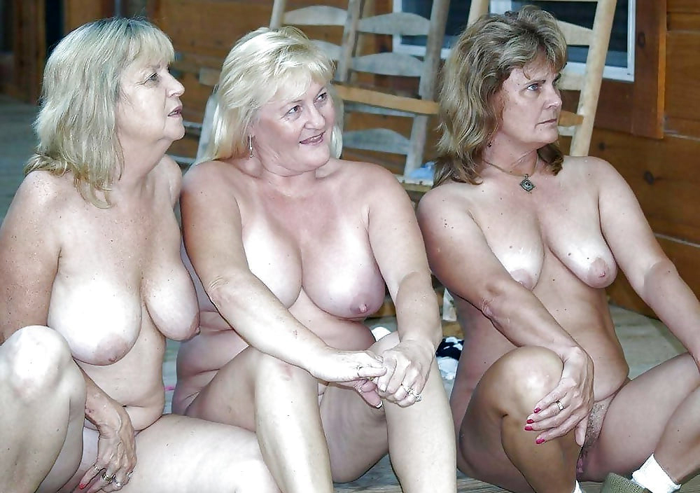 Free nude mature women sex pictures