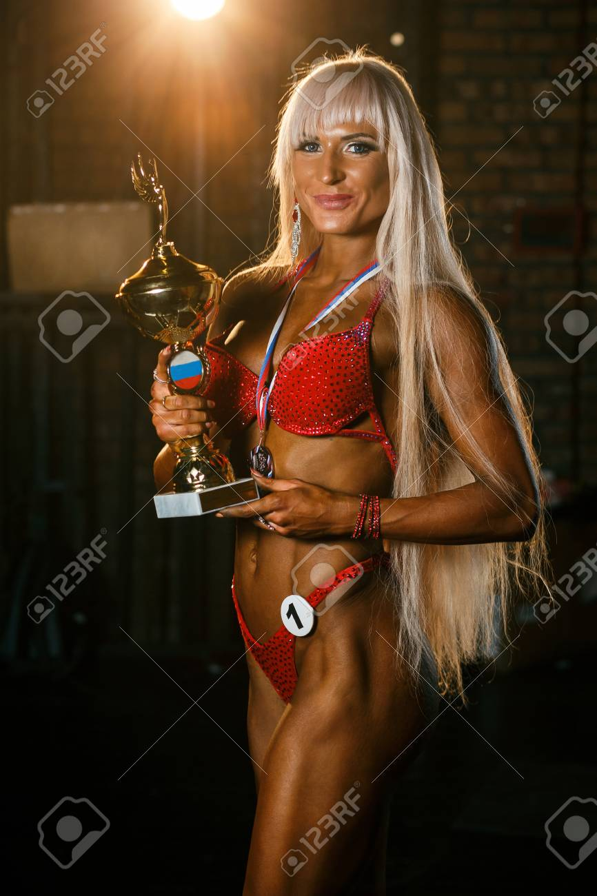 Blonde bodybuilder in bikini
