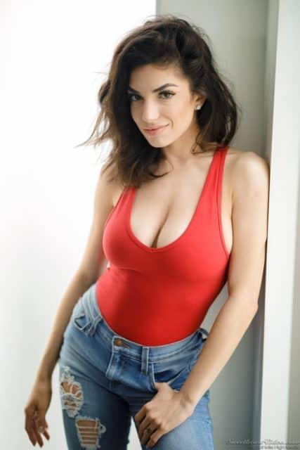 Hot euro brunette pornstars