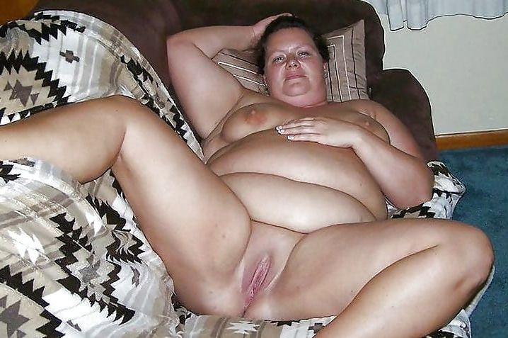 Femmes noire obese nue