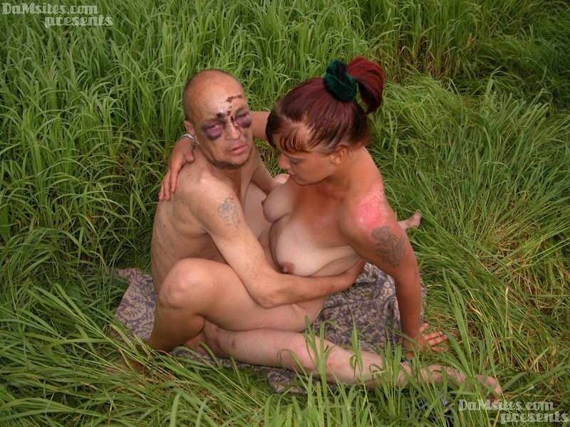 Blowjob in the grass