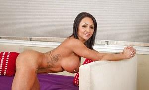 Candid hot mom next door nude
