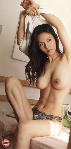 Naked asian nude girl
