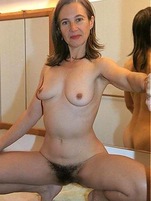 Full bush mature women nude