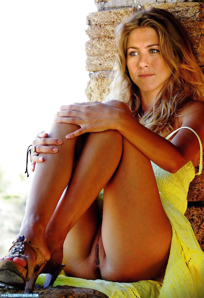 Jennifer aniston fake upskirt pics