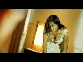 Tamil actress boobs scene image