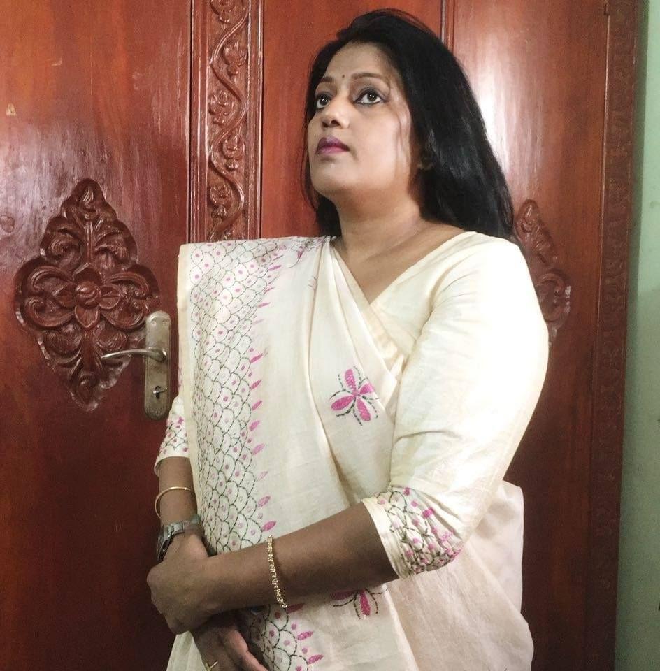 Indian bengali aunties nude pics