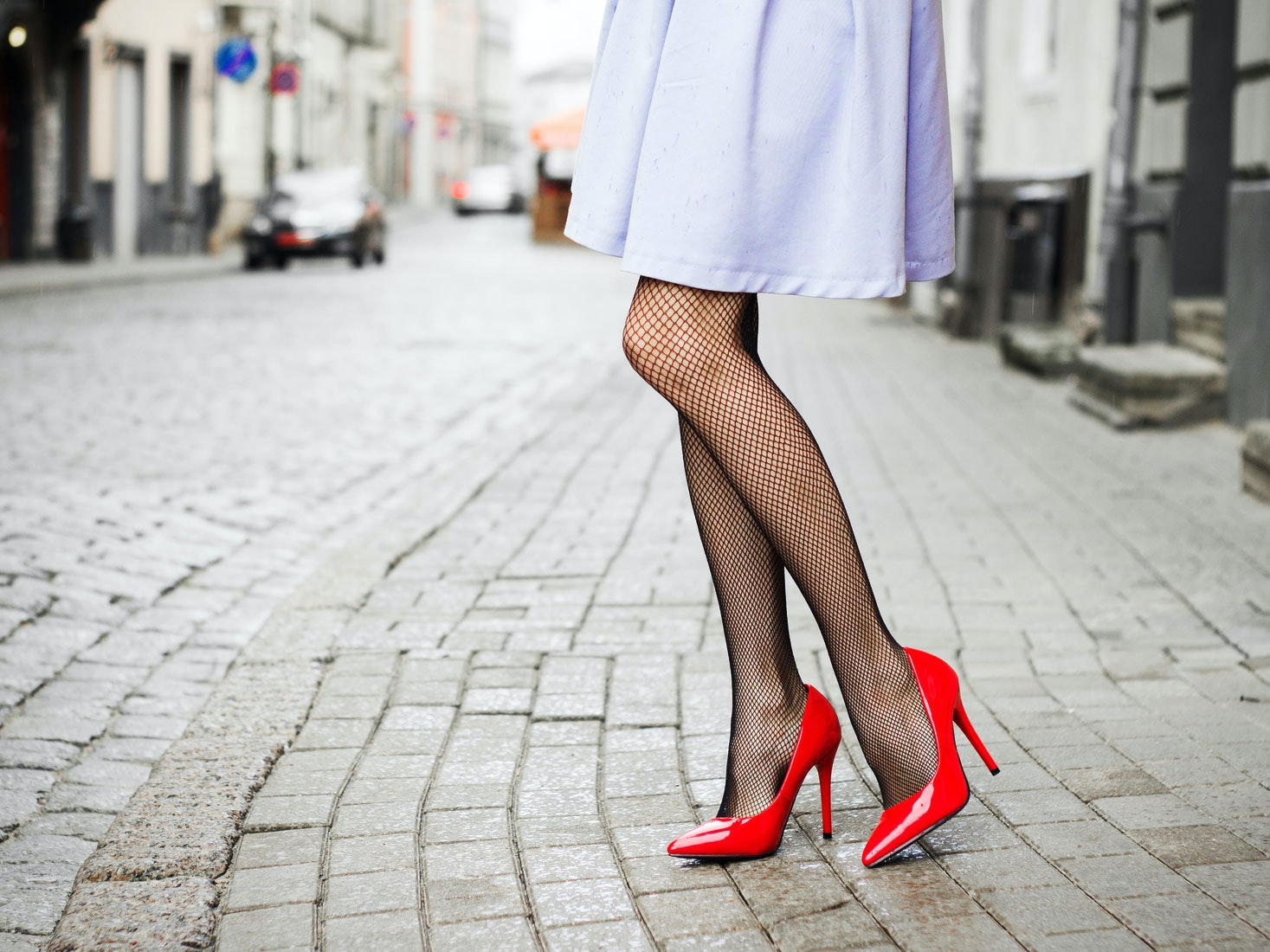 Women feel sexy in pantyhose