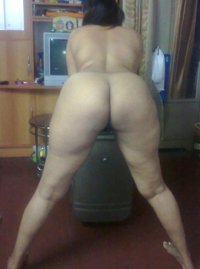 Big ass desi indian aunty pussy