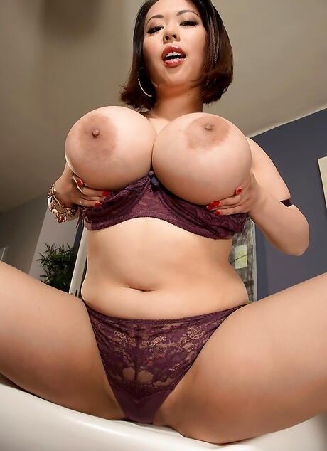 Japanese big boob gallery