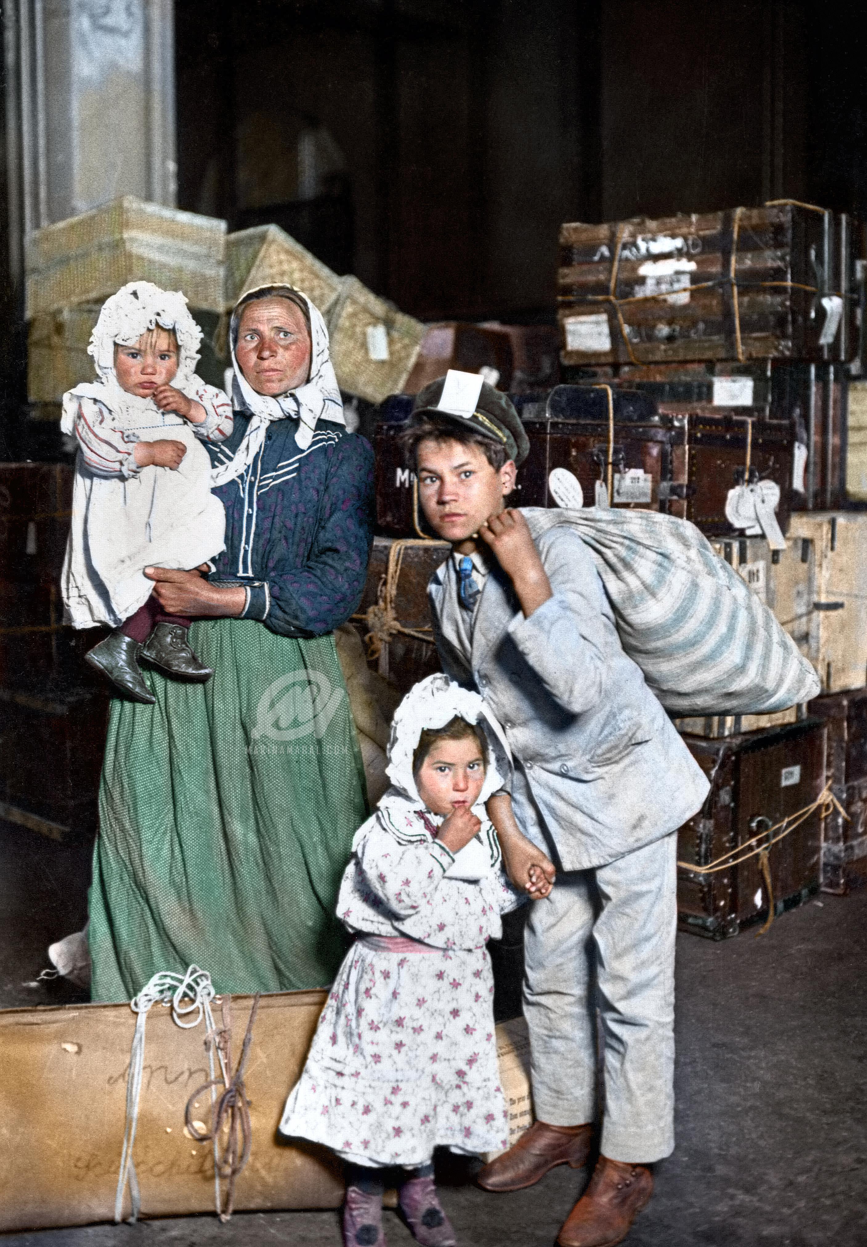 Italian girl immigrants ellis island