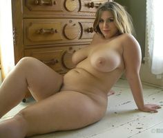 Hot full figured naked women