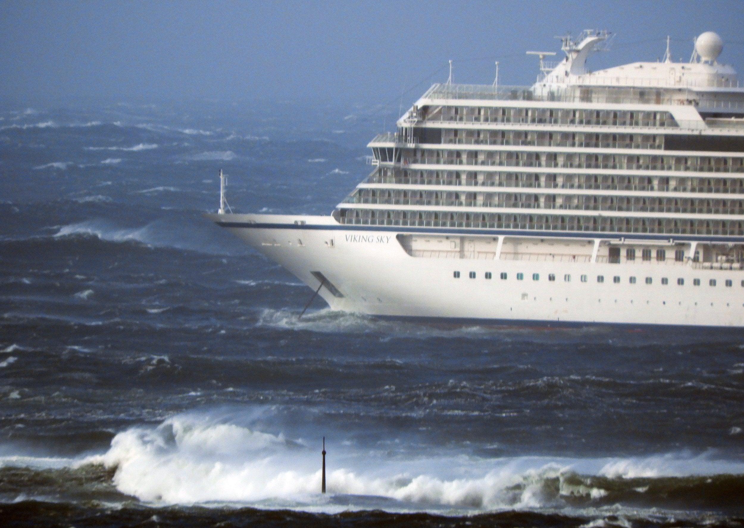 Vikings sex cruise pics