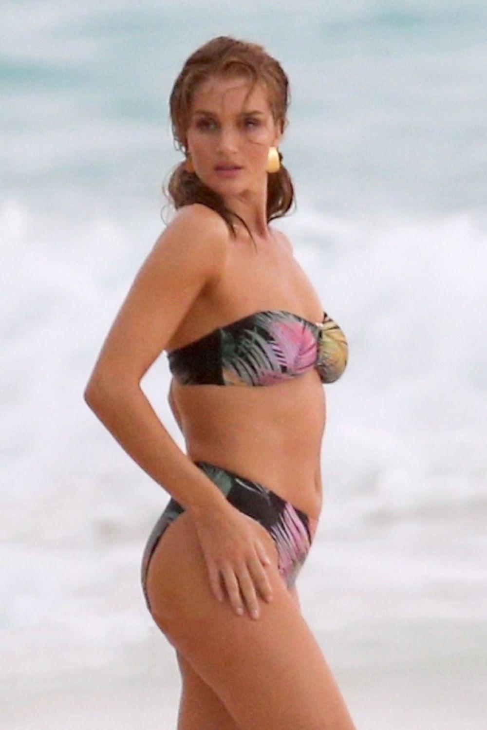 Rosie huntington whiteley bikini