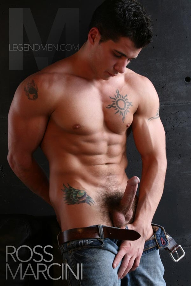 Ripped muscle men nude